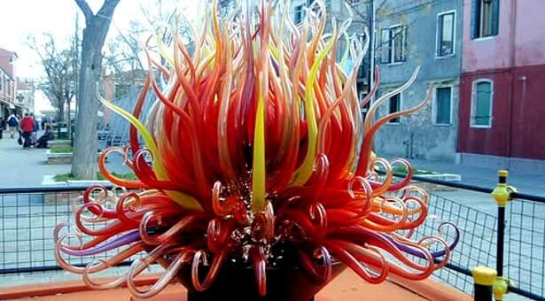 Escultura de Murano encontrada nas ruas de Veneza (www.ratestogo.com)